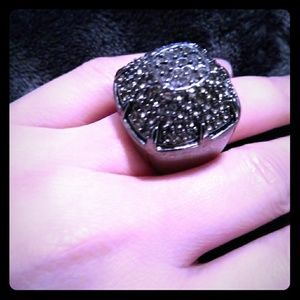 Jewelry - Great fashion Ring